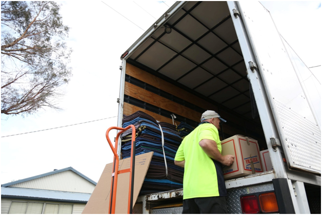 Things to look for when selecting a removals company